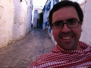 """El profesor Ignacio Muga en Túnez, mientras participa de """"Waves 2013"""""""