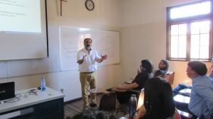 Especialista en teoría de punto fijo de la Universidad de Texas realiza curso en el IMA PUCV