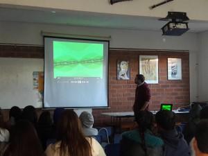 Académicos del MA PUCV dictan charlas en eventos de difusión científica de colegios y museos de la V región