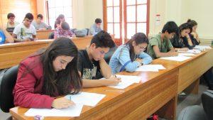 Establecimientos escolares de la V región compiten en el Campeonato Escolar de Matemática 2017 en la sede regional del IMA PUCV