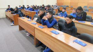 Alumnos del Divina Maestra de Villa Alemana visitan el Instituto de Matemáticas PUCV